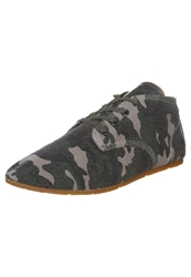 Eleven Paris Bastee Army Trainers Green