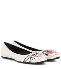 Roger Vivier T Shirt Rv Printed Patent Leather Ballerinas White
