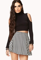 Forever 21 Retro Houndstooth Skater Skirt Cream Black