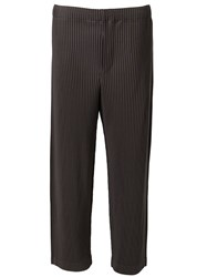 Issey Miyake Pleated Cropped Trousers Grey