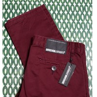 Dr. Denim Chinos Burgundy
