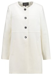 More And More Short Coat Offwhite Off White