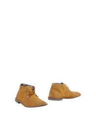 Le Crown Ankle Boots Ocher