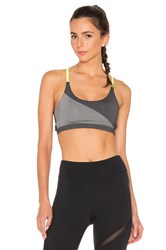 Solow Invert Strapped Sports Bra Charcoal