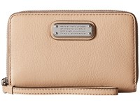 Marc By Marc Jacobs New Q Wingman Cameo Nude Clutch Handbags Beige