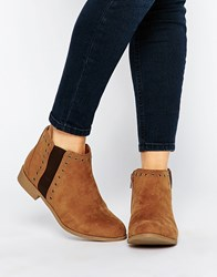 New Look Wide Fit Eyelet Chelsea Boots Tan