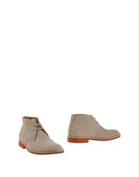 Alexander Ankle Boots Beige