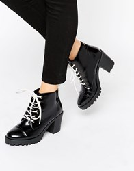 London Rebel Chunky Heeled Boots With Contrast Lace Box Pu Black