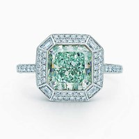 Tiffany And Co. Ring In Platinum With A 3.15 Carat Fancy Intense Bluish Green Diamond. Platinum 950 Fancy Color Diamond