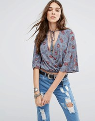 Honey Punch Tie Neck Crop Top In Floral Print Multi