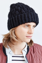 Urban Outfitters Chunky Knit Beanie Black