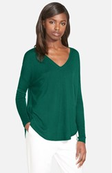 Trouve Women's Trouve 'Everyday' V Neck Sweater Green Evergreen