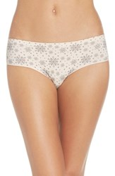 Nordstrom Women's Lingerie Seamless Hipster Briefs Pink Creole Snowflakes Print