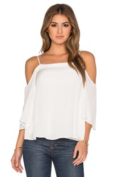 Bailey 44 Solid Tusk Top White