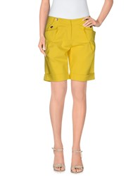 Who S Who Bermudas Yellow