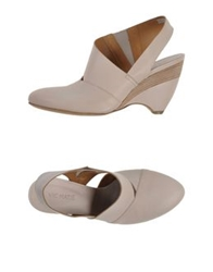 Vic Matie Vic Matie' Pumps Beige