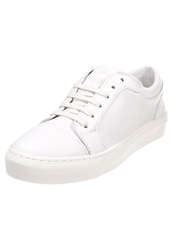 Boom Bap Gogo Trainers Triple White