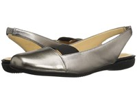 Trotters Sarina Pewter Metallic Leather Pearlized Patent Women's Slip On Dress Shoes Silver
