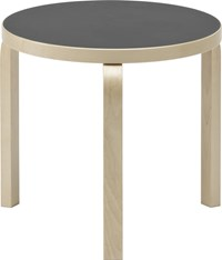 Artek 90D Table