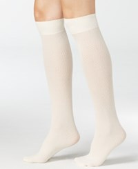 Hue Women's Diamond Knee High Socks Ivory