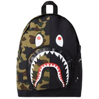 A Bathing Ape 1St Camo Shark Day Pack Green