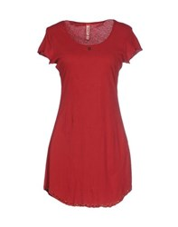 Met Topwear T Shirts Women Red