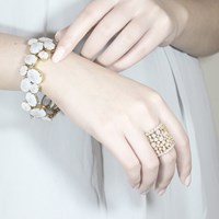 Cielle London Spring Snow Statement Cocktail Ring White White Gold