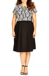 Plus Size Women's City Chic 'Mono Lace' Print Crop Top