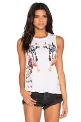 Chaser Camels Tank White