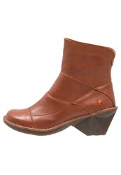 Art Oteiza Boots Brown