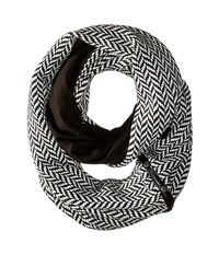 Plush Fleece Lined Herringbone Snap Scarf Black White Scarves