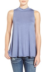 Junior Women's Sun And Shadow Sleeveless Top Blue Chambray
