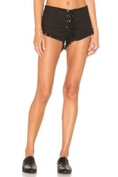 Indah Vibe Lace Up Short Black