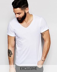 Reclaimed Vintage V Neck T Shirt With Rolled Sleeves White