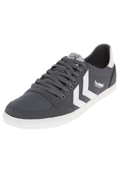Hummel Slimmer Stadil Trainers Castle Rock White Grey