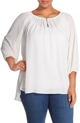 Plus Size Women's Vince Camuto Three Quarter Sleeve Peasant Top