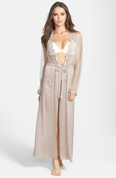 Flora Nikrooz 'Showstopper' Robe Champagne