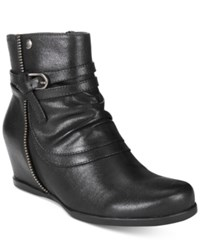 Bare Traps Quaint Hidden Wedge Booties Women's Shoes Black