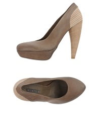 Vic Matie Vic Matie' Pumps