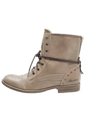 Mustang Laceup Boots Ivory Taupe