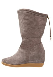 Shoe The Bear Emmy Iii Wedge Boots Taupe