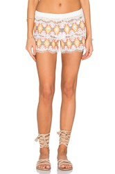 Queen And Pawn Kea Embroidered Short White
