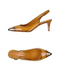 Eva Turner Pumps Ocher