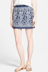 Hinge Embroidered Skirt Blue