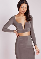 Missguided V Plunge Long Sleeve Crop Top Taupe