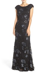 Vera Wang Women's Sequin Lace Gown