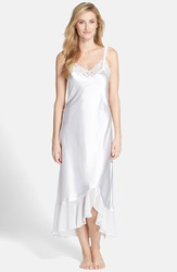 Oscar De La Renta Sleepwear 'Always A Bride' Nightgown Pearl