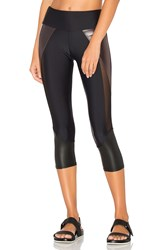 Onzie Splice Capri Black