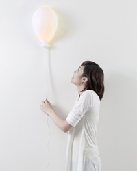 Haoshi Design Balloon X Lamp