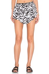 Indah Bee Pleat Short Black